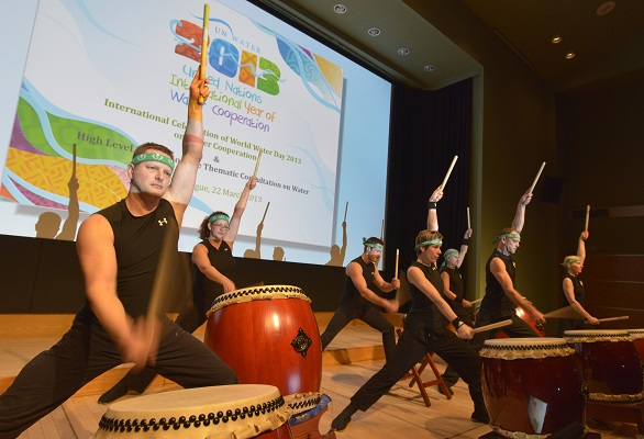 Wings For Water pagina drummers